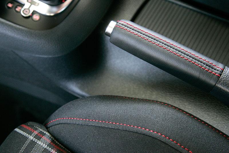 VW Golf GTI je autem roku v Kanadě: - fotka 5