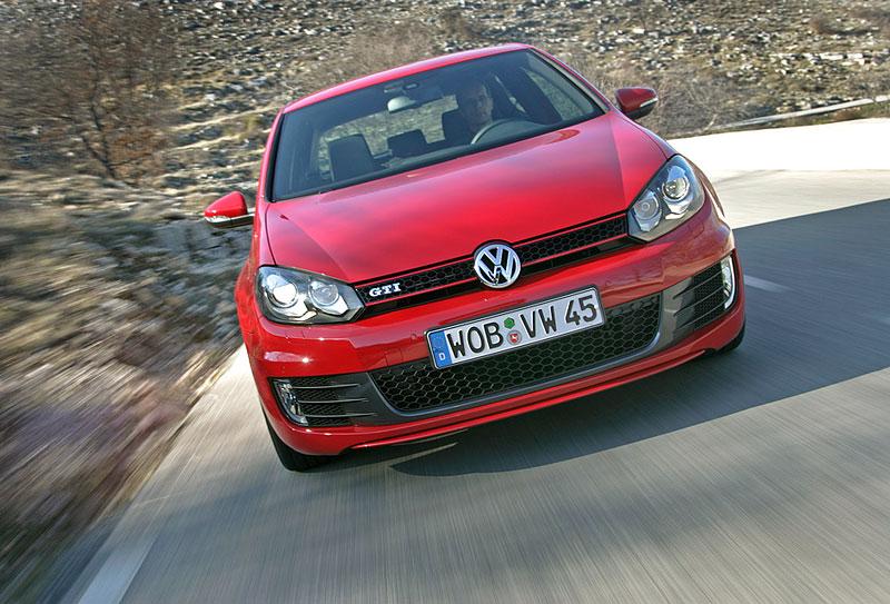 VW Golf GTI je autem roku v Kanadě: - fotka 12