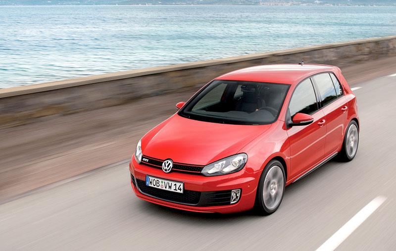 Volkswagen Golf GTI: APS nabízí 250 koní: - fotka 9