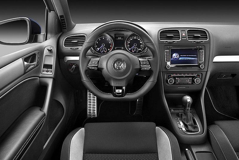 Volkswagen Golf R - nová fotogalerie: - fotka 2
