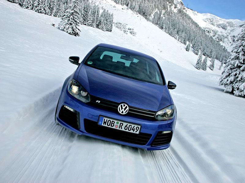 Volkswagen Golf R - nová fotogalerie: - fotka 10