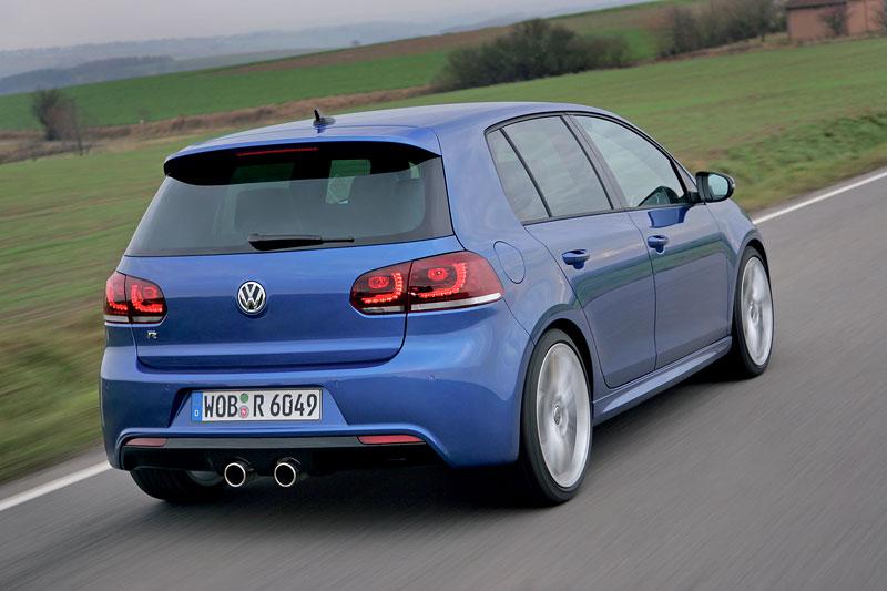 Volkswagen Golf R - nová fotogalerie: - fotka 26