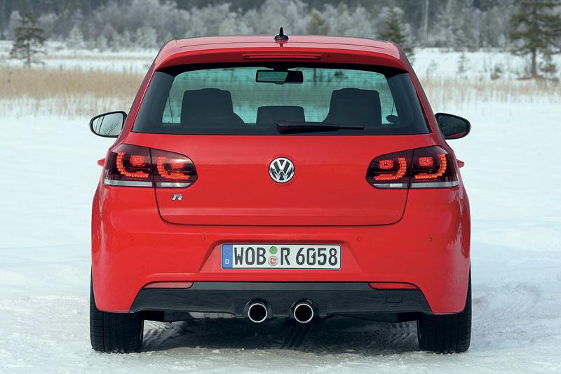 Volkswagen Golf R - nová fotogalerie: - fotka 29