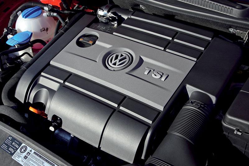 Volkswagen Golf R - nová fotogalerie: - fotka 30