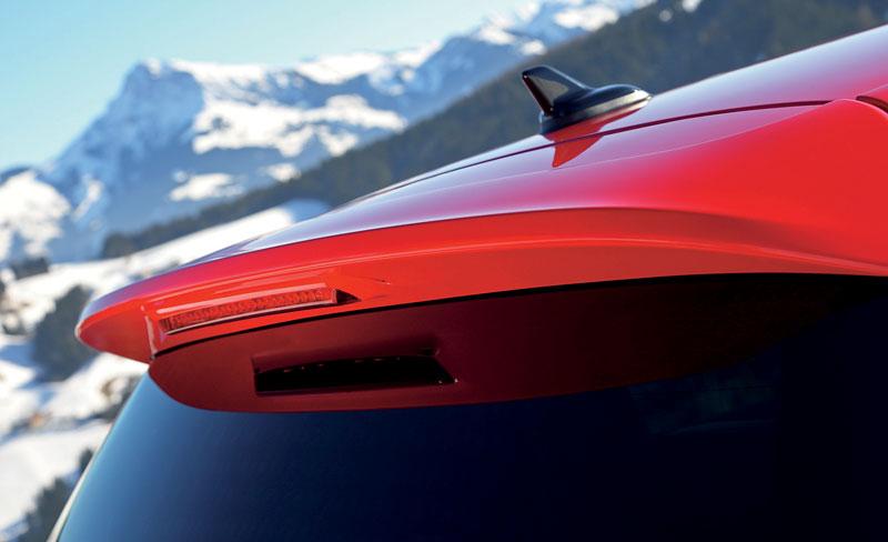Volkswagen Golf R - nová fotogalerie: - fotka 41