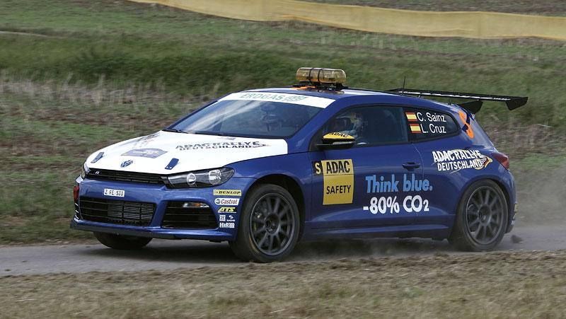 Volkswagen Scirocco fušuje už i do rallye?: - fotka 3