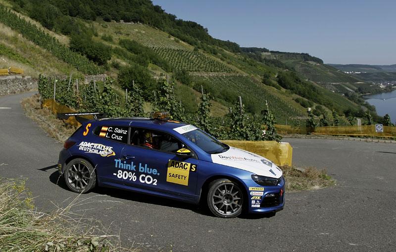Volkswagen Scirocco fušuje už i do rallye?: - fotka 6