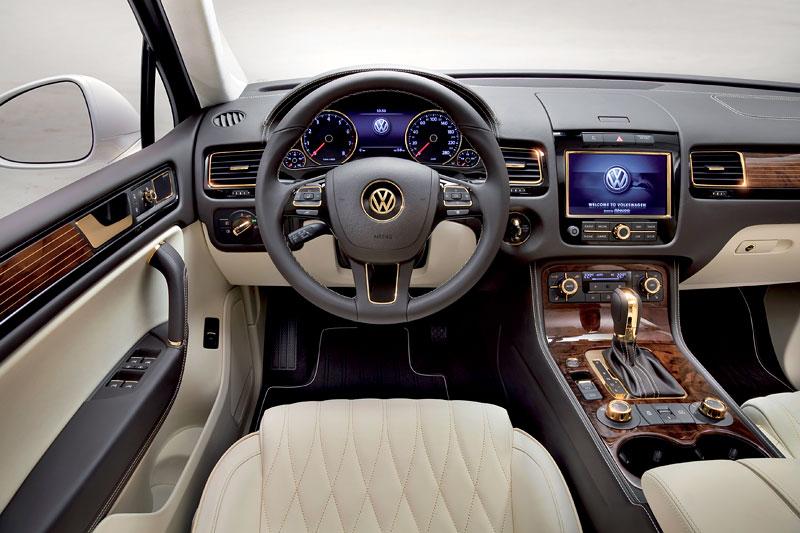 Volkswagen Touareg Gold Edition: sen katarských ropných šejků?: - fotka 2