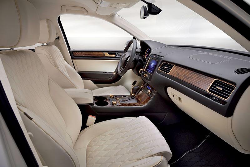 Volkswagen Touareg Gold Edition: sen katarských ropných šejků?: - fotka 3