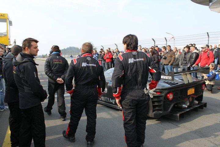 Ferrari P4/5 Competizione: první úspěšné testy na Nürburgringu: - fotka 12