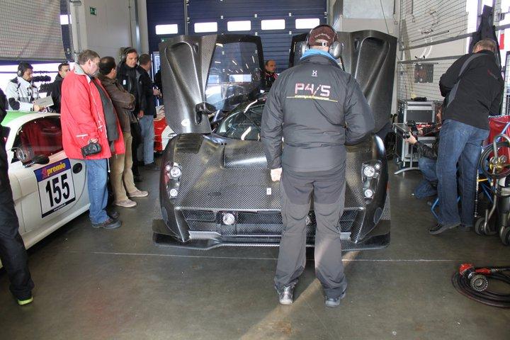 Ferrari P4/5 Competizione: první úspěšné testy na Nürburgringu: - fotka 13