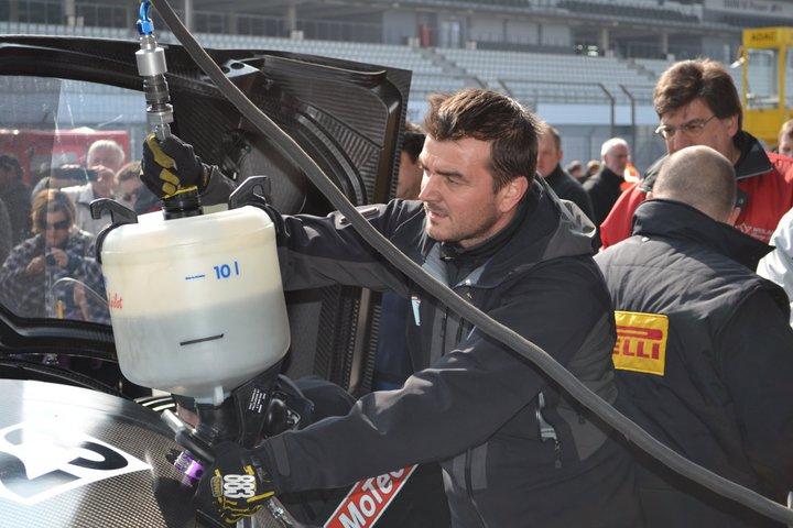 Ferrari P4/5 Competizione: první úspěšné testy na Nürburgringu: - fotka 19