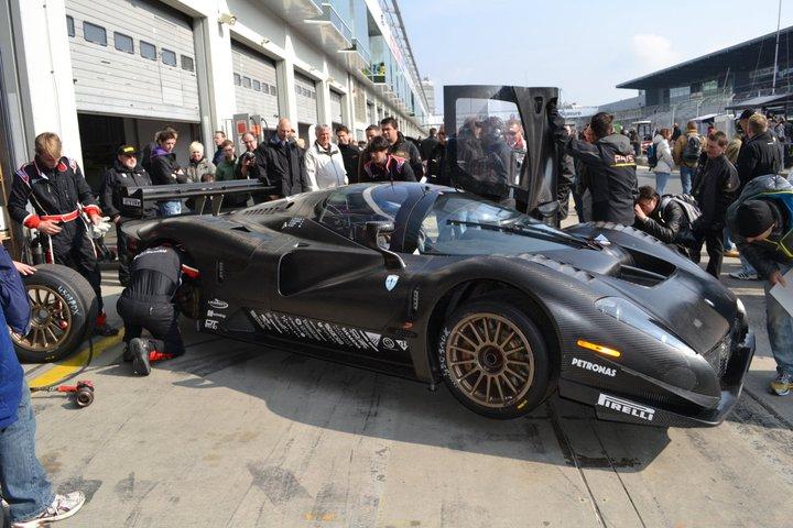 Ferrari P4/5 Competizione: první úspěšné testy na Nürburgringu: - fotka 21