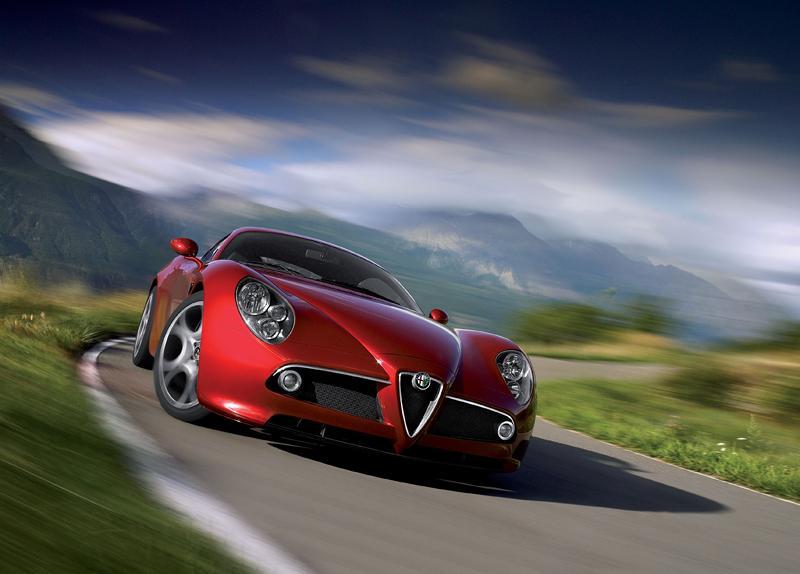 Pod lupou: Alfa Romeo 8C – včera a dnes: - fotka 45