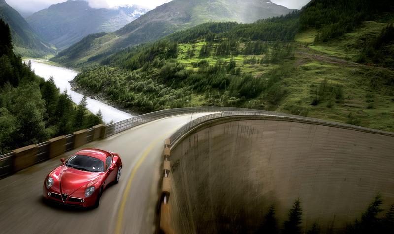 Pod lupou: Alfa Romeo 8C – včera a dnes: - fotka 46