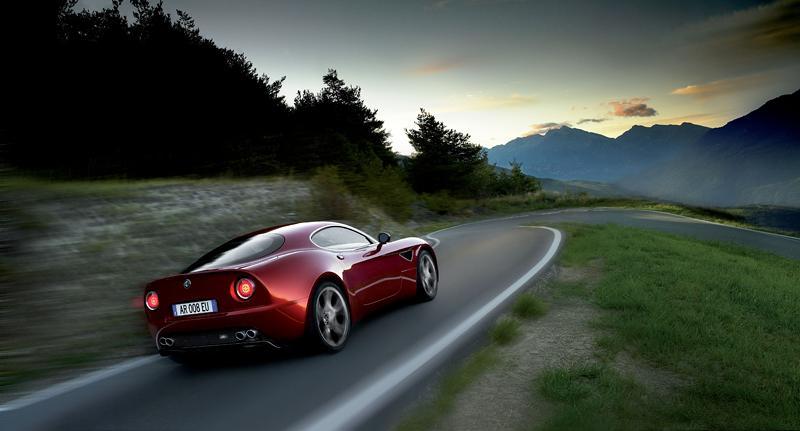 Pod lupou: Alfa Romeo 8C – včera a dnes: - fotka 49