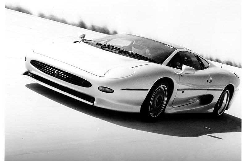 Pod lupou: Jaguar XJ220 – nejrychlejší auto světa...na jeden rok: - fotka 16