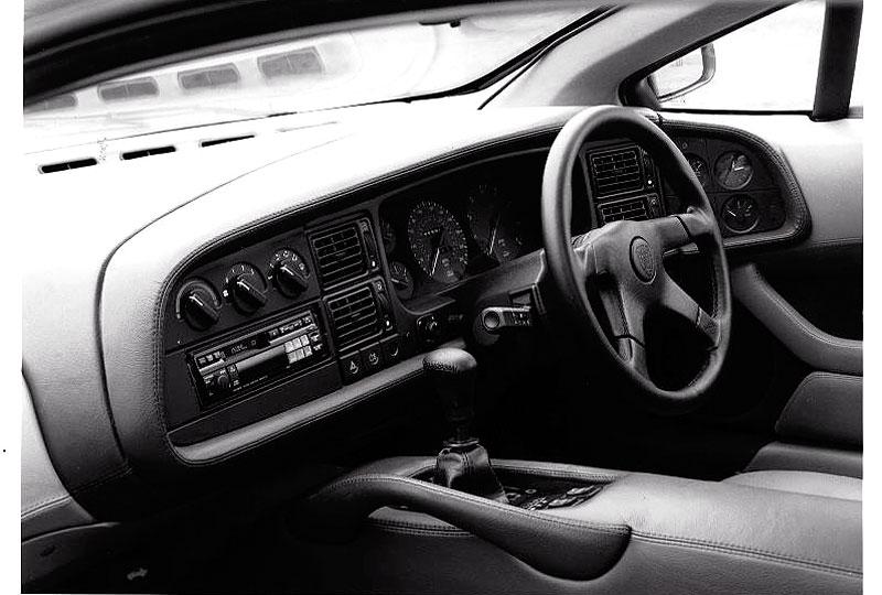 Pod lupou: Jaguar XJ220 – nejrychlejší auto světa...na jeden rok: - fotka 18
