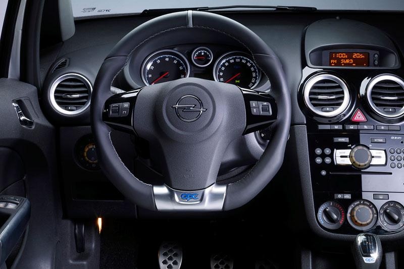Za volantem: Opel Corsa OPC 2012: - fotka 23