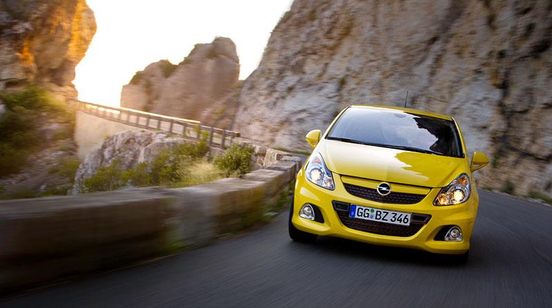 Za volantem: Opel Corsa OPC 2012: - fotka 31