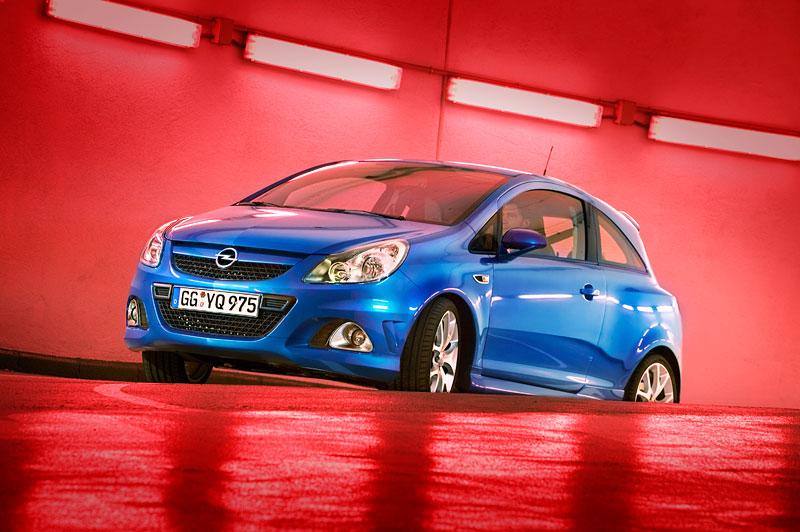 Za volantem: Opel Corsa OPC 2012: - fotka 33