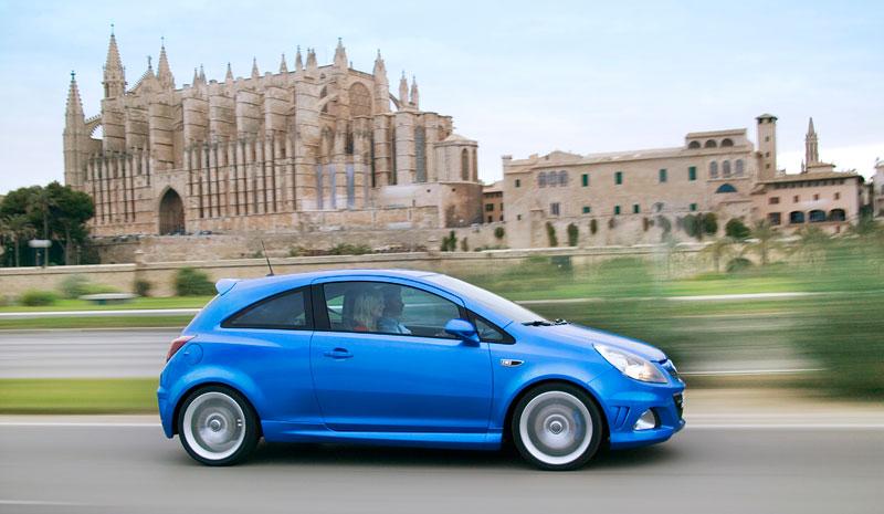 Za volantem: Opel Corsa OPC 2012: - fotka 36