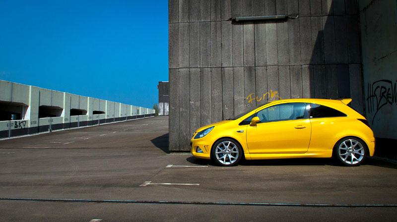 Za volantem: Opel Corsa OPC 2012: - fotka 37
