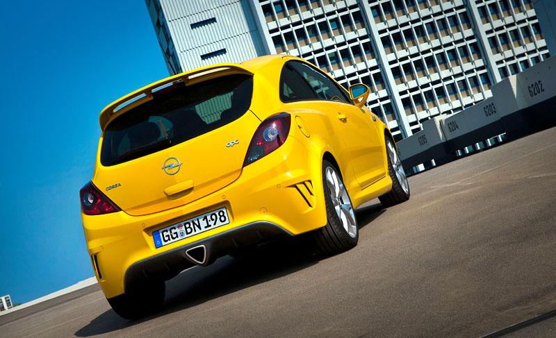Za volantem: Opel Corsa OPC 2012: - fotka 42