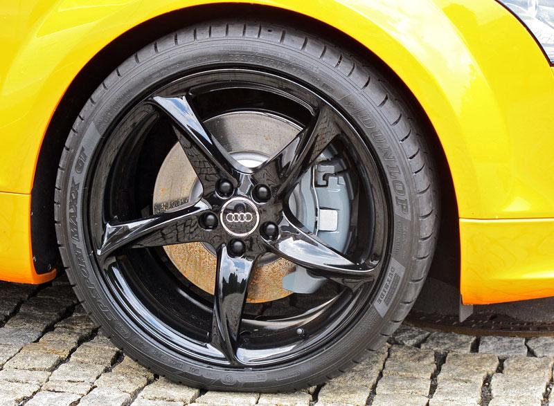 Za volantem: Audi R8 Spyder V10 5.2 quattro: - fotka 32