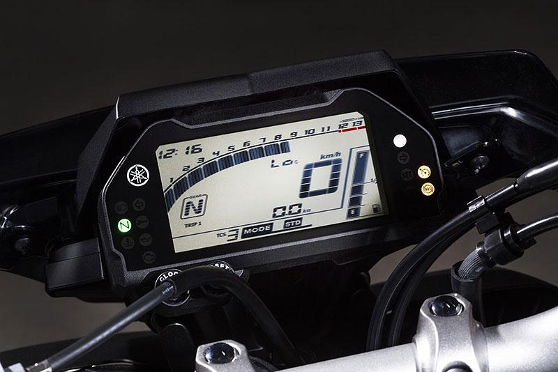 Yamaha MT-10: Super naháč pro novou sezónu (+video): - fotka 28
