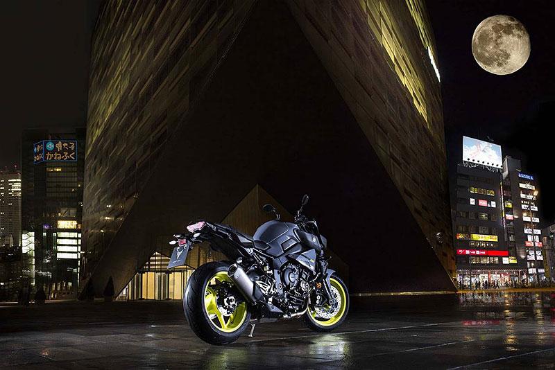 Yamaha MT-10: Super naháč pro novou sezónu (+video): - fotka 30