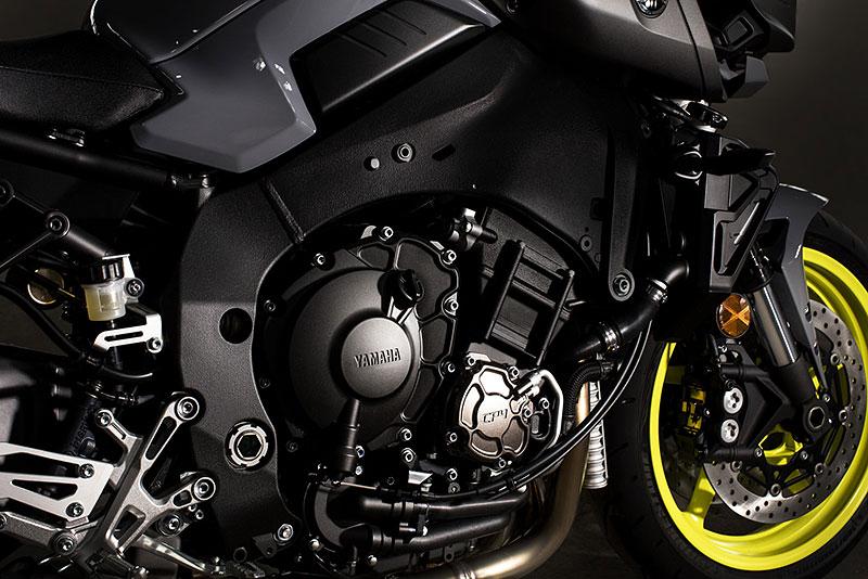 Yamaha MT-10: Super naháč pro novou sezónu (+video): - fotka 31