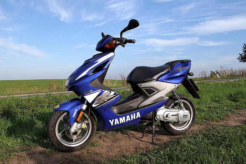 Test - Yamaha Aerox: dravec do městského provozu: - fotka 7