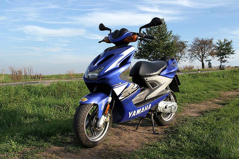 Test - Yamaha Aerox: dravec do městského provozu: - fotka 8