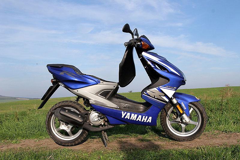 Test - Yamaha Aerox: dravec do městského provozu: - fotka 11