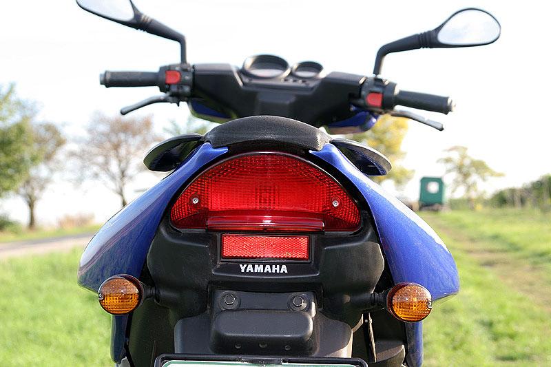 Test - Yamaha Aerox: dravec do městského provozu: - fotka 13