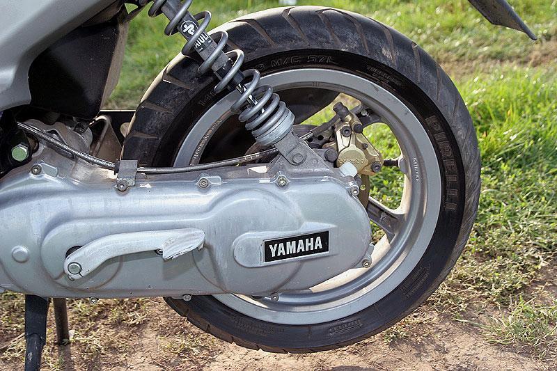 Test - Yamaha Aerox: dravec do městského provozu: - fotka 17