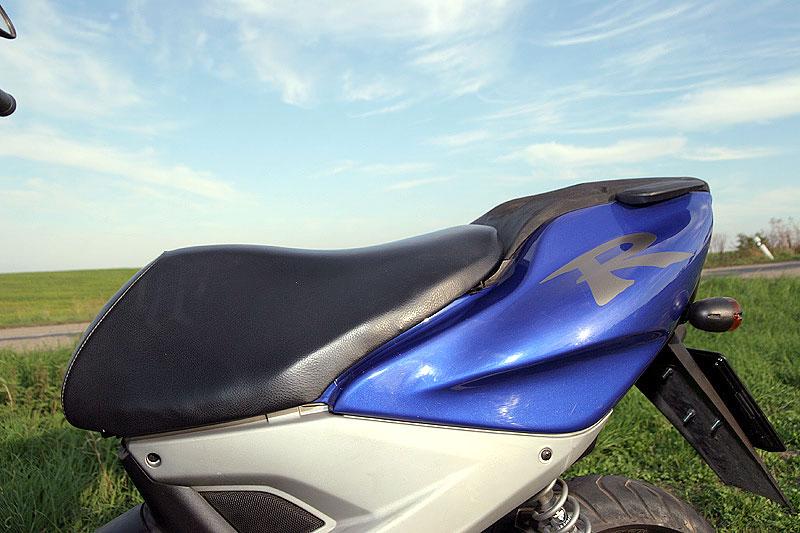 Test - Yamaha Aerox: dravec do městského provozu: - fotka 23