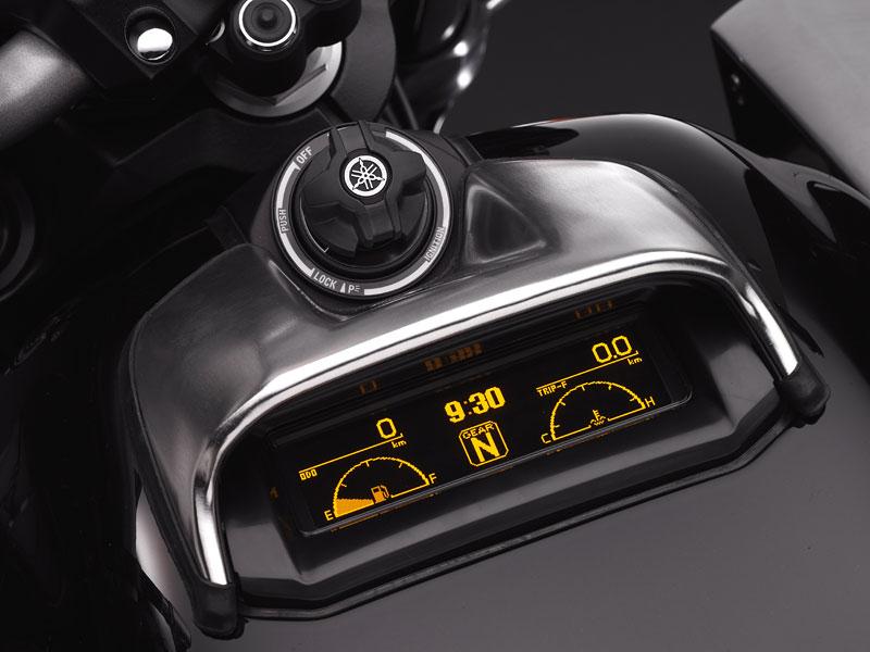 Yamaha V-Max 2009: první info, velká fotogalerie a video: - fotka 2