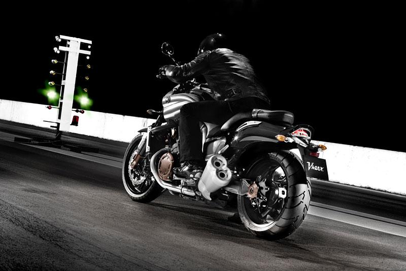 Yamaha V-Max 2009: první info, velká fotogalerie a video: - fotka 18