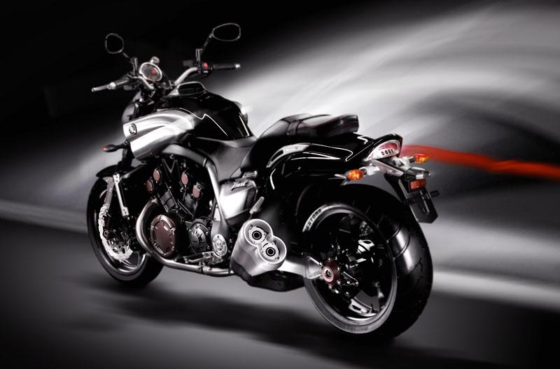 Yamaha V-Max 2009: první info, velká fotogalerie a video: - fotka 20
