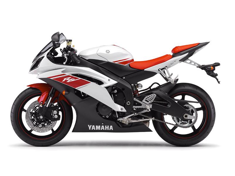 Yamaha YZF-R6 2008 (představení): - fotka 10