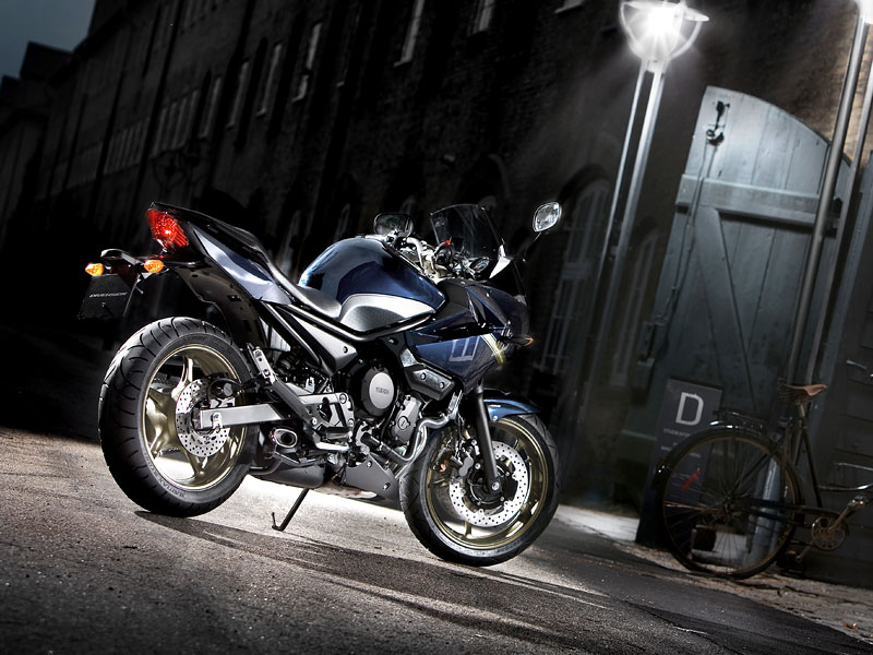 Yamaha 2009: XJ6 Diversion a XVS950A Midnight Star: - fotka 29