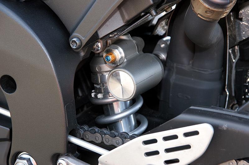 Test - Yamaha YZF-R1: sportovní kráska: - fotka 23