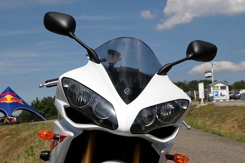 Test - Yamaha YZF-R1: sportovní kráska: - fotka 28