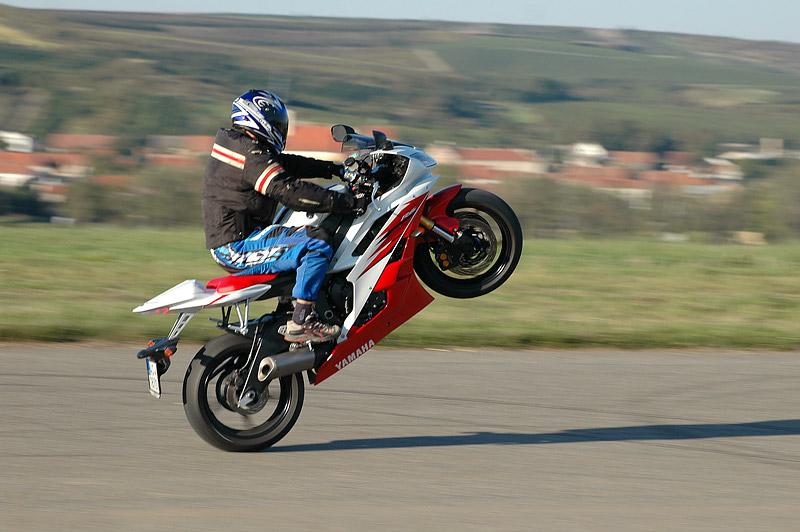 Test - Yamaha YZF R6R: - fotka 21