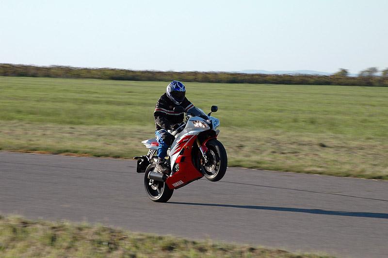 Test - Yamaha YZF R6R: - fotka 22
