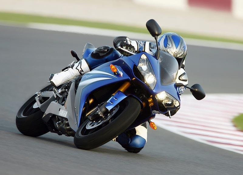 Test - Yamaha YZF-R1: sportovní kráska: - fotka 31