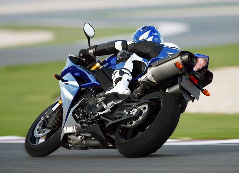 Test - Yamaha YZF-R1: sportovní kráska: - fotka 34