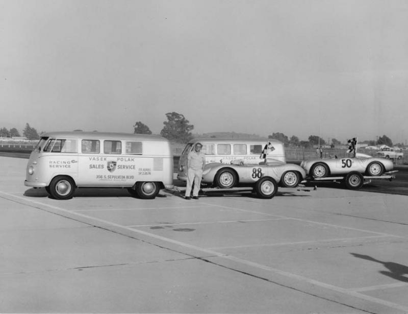 Fotogalerie Volkswagen Multivan Parkovit Historie